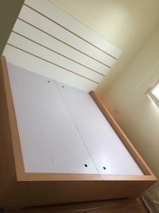 Giường gỗ công nghiệp phủ melamin