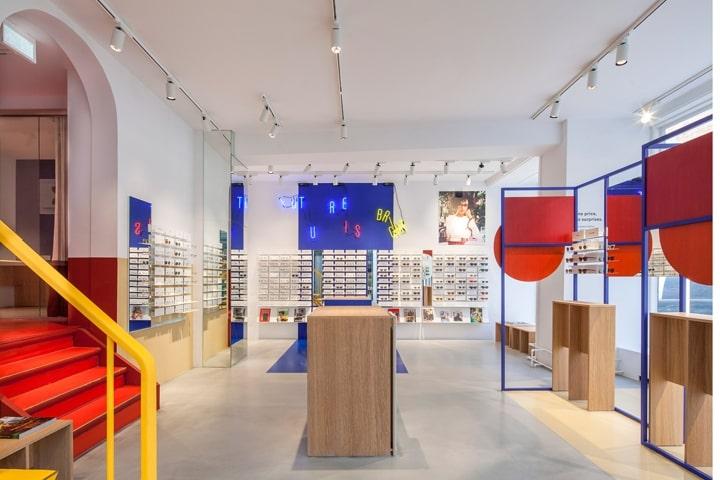 Thiết kế nội thất showroom kính mắt thời trang