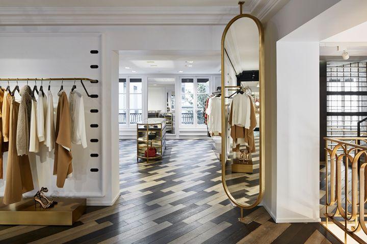 Thiết kế showroom quần áo nữ nhẹ nhàng, tinh tế