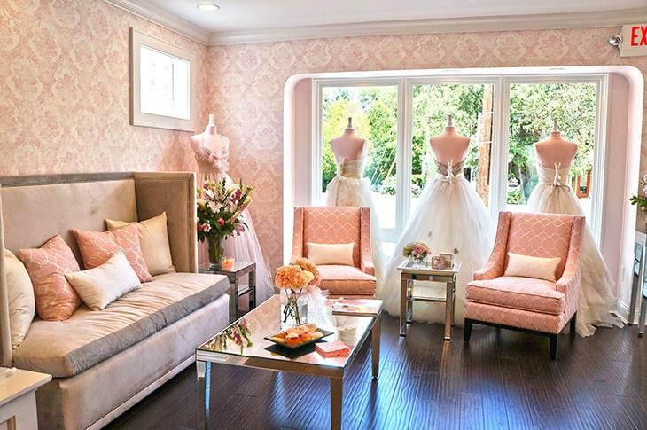 Mẫu thiết kế showroom áo cưới đẹp, ấn tượng