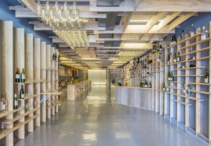 Tổng hợp mẫu thiết kế showroom rượu đẹp nhất